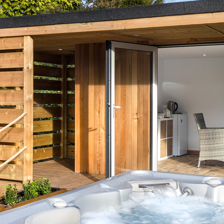 Hayes Garden Rooms 7